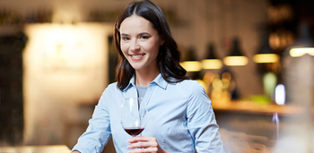 The 5 Biggest Wine Etiquette Myths